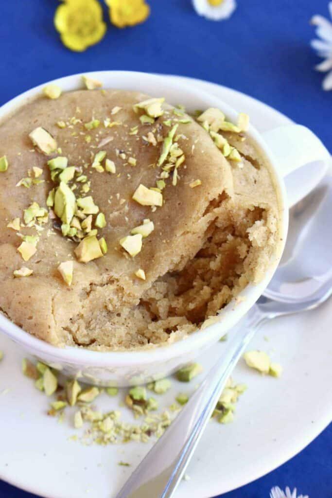 3-Ingredient Vegan Biscoff Mug Cake
