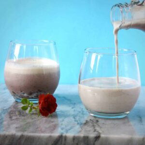 Vegan Adzuki Milkshake 2 Ingredients