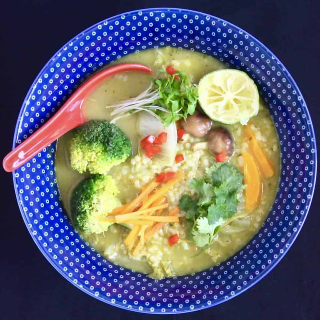 Thai Green Curry Rice Soup (Vegan + GF)
