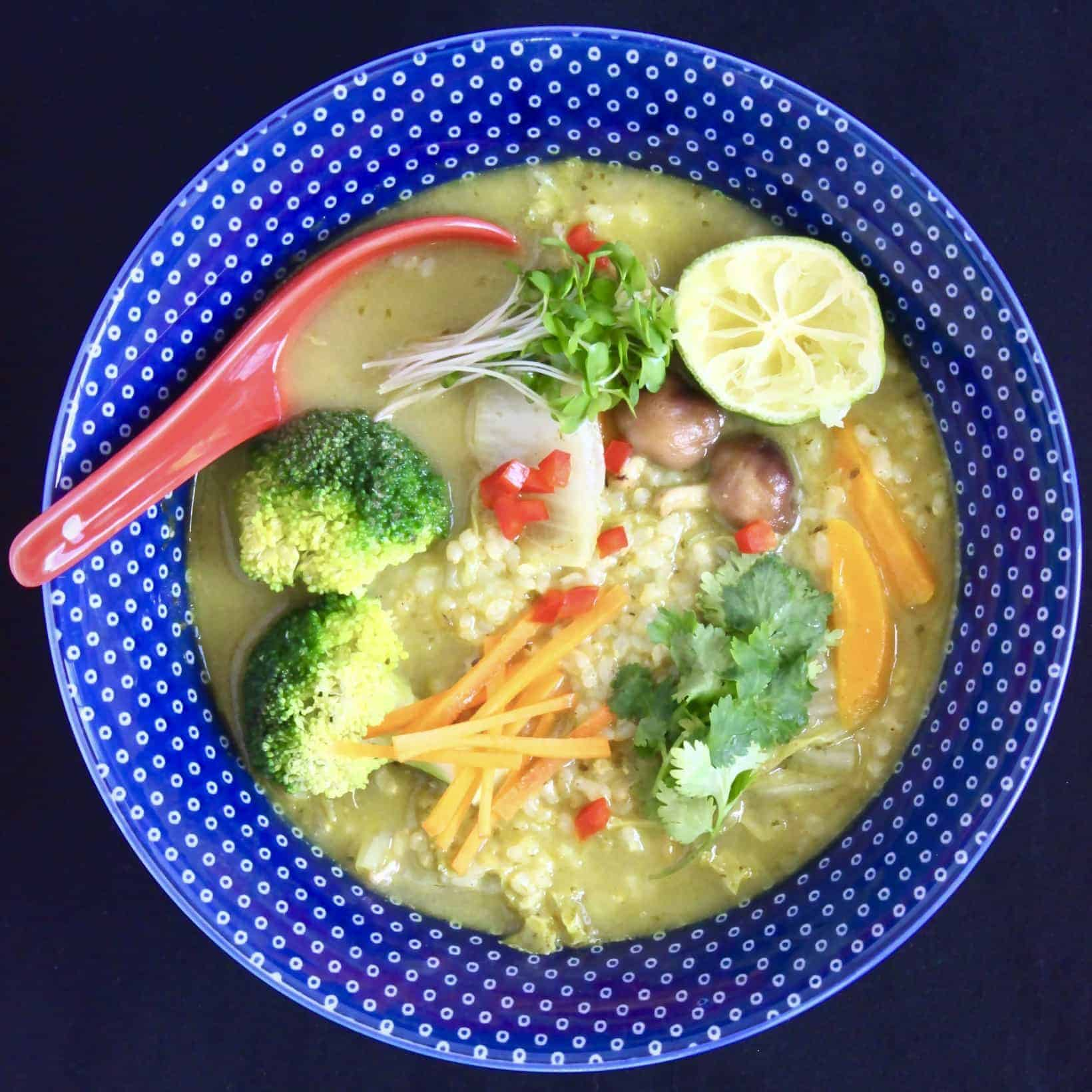 Thai Green Curry Rice Soup (Vegan + GF)