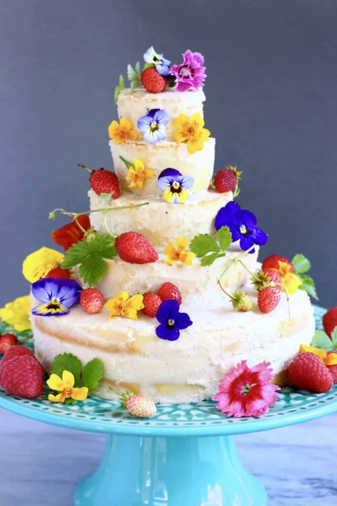 dairy free wedding cake recipe gluten free vegan wedding cake rhian s recipes 13312
