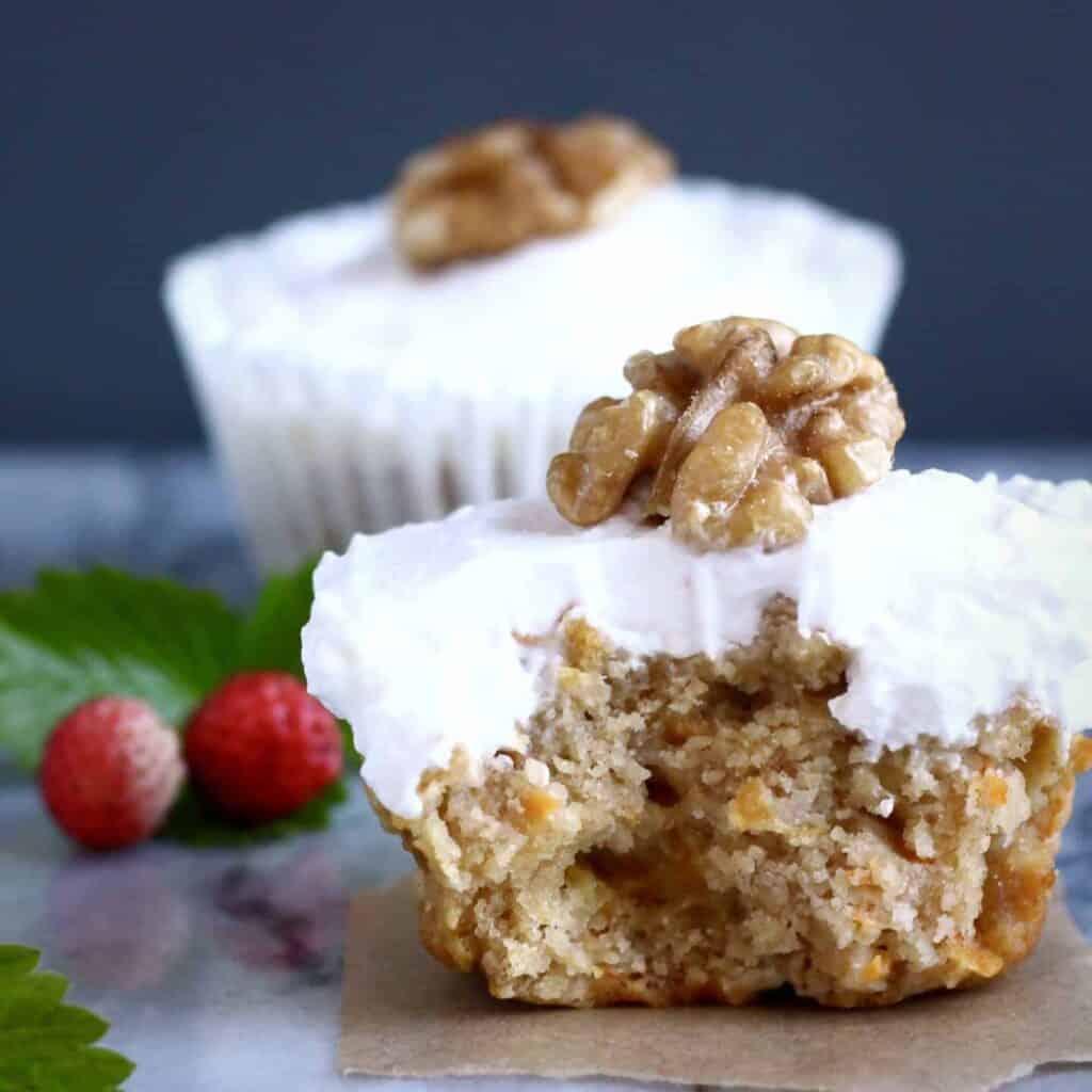 Gluten-Free Vegan Carrot Cake Cupcakes