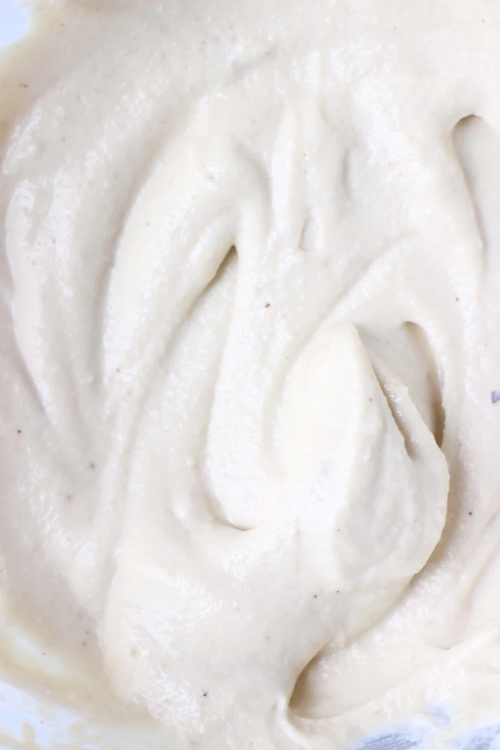 White cashew buttercream frosting